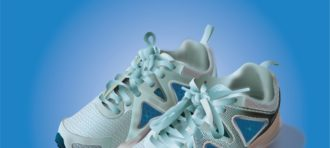 Tugas Komgraf I : Sepatu karya Jessica Harviali